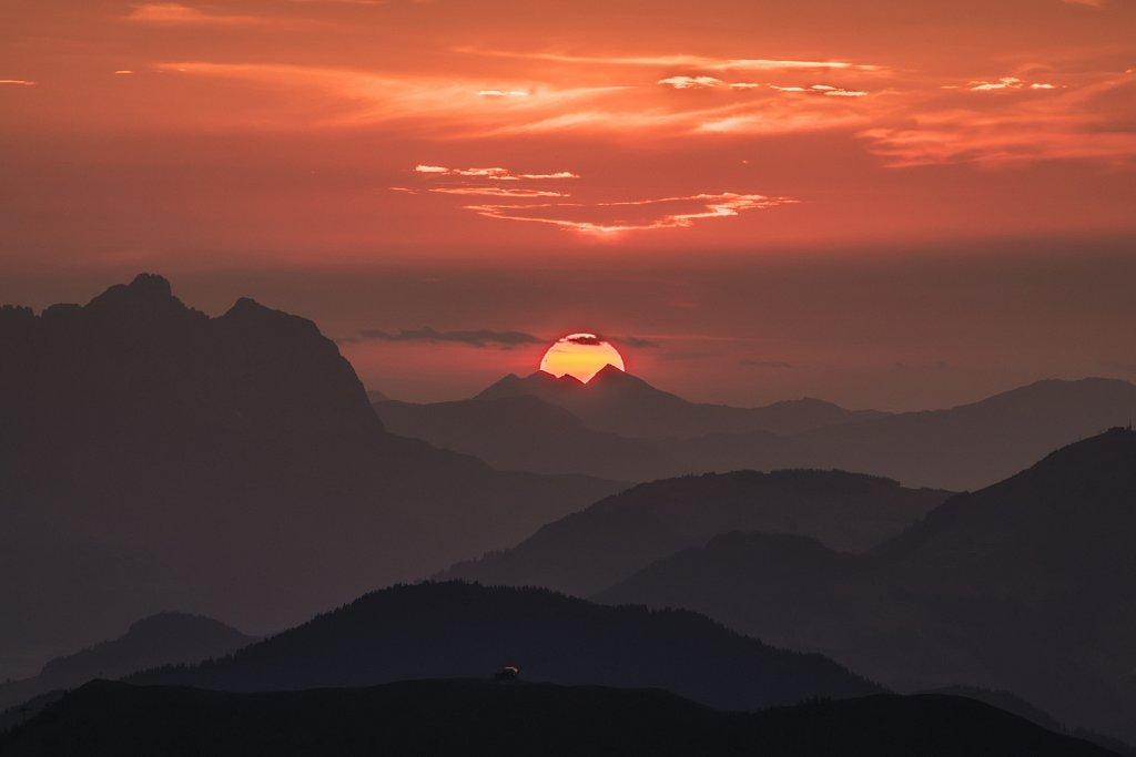 sun1-LO.jpg