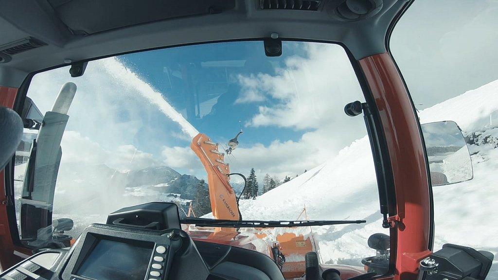 Lindner Traktoren Wir lieben den Winterdienst